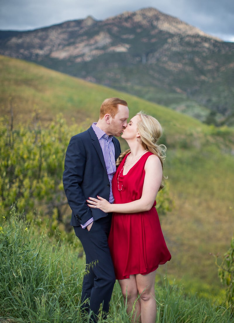 Photos from an engagement photography in the hills.