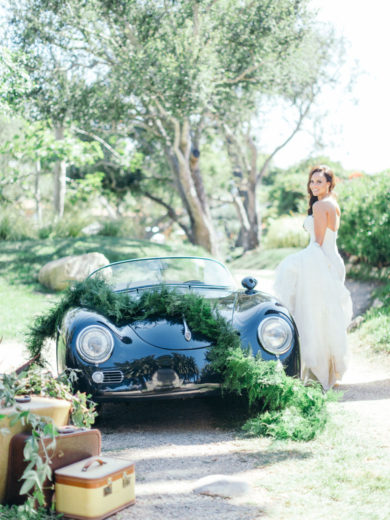 Villa della Famiglia Wedding | Styled Bride Florals and Vintage Car